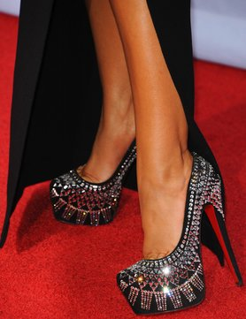 fashion-christian-louboutin-outlet-shoes